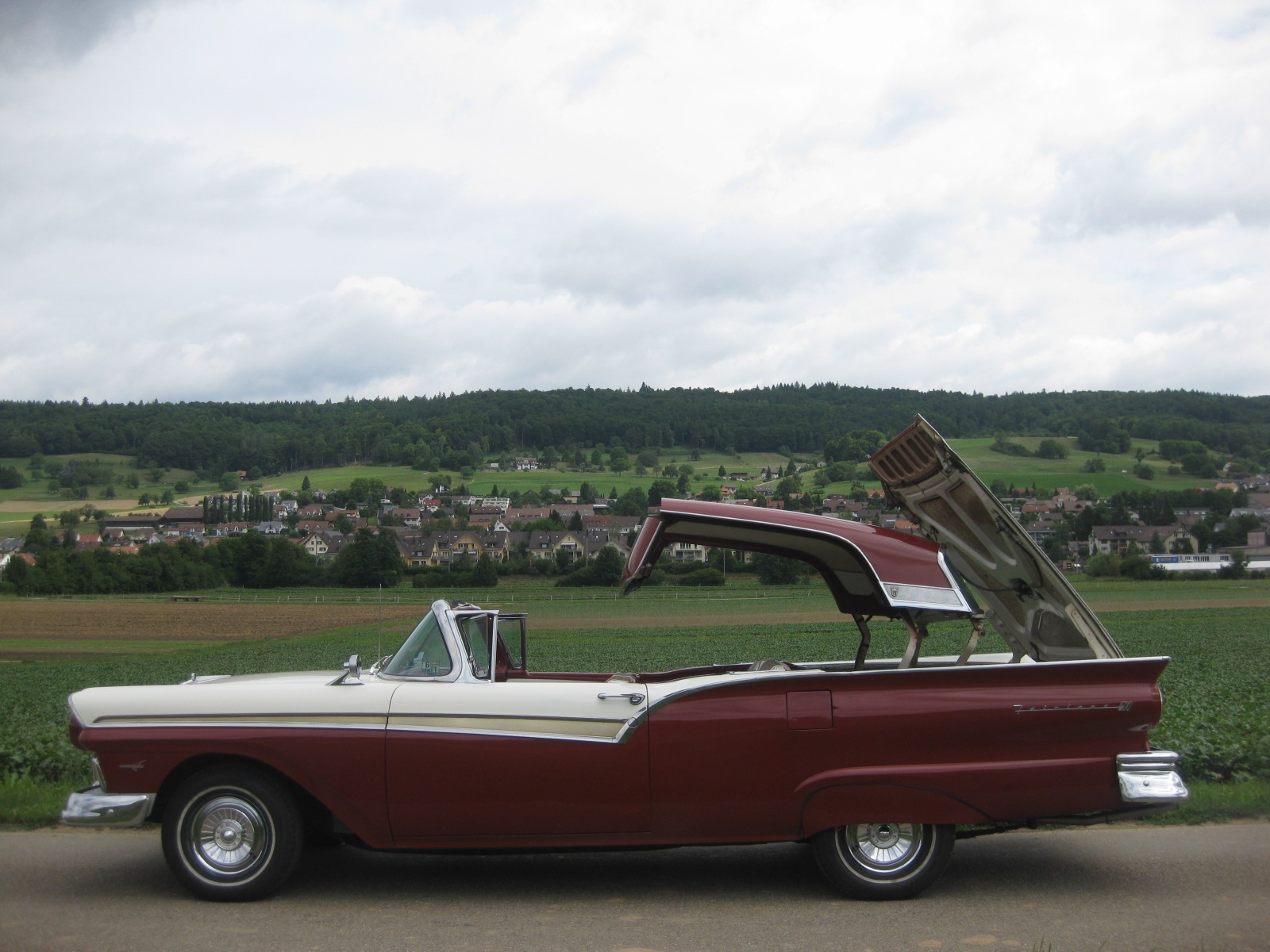 Ford (USA) Fairlane 500 Skyliner Cabriolet